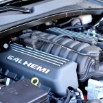 6.4-liter V8 HEMI engine of 2012 Chrysler 300 SRT8