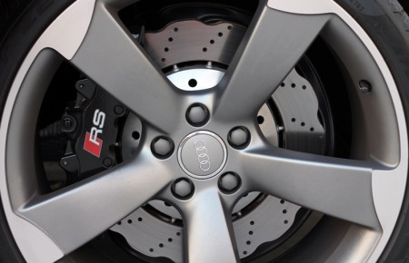 Wheel and brake detail on the 2013 Audi RS 5 Coupe