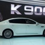 Kia K900 at the 2013 LA Auto Show