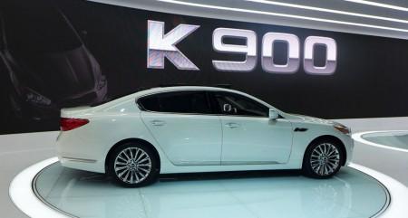 Kia K900 at the 2013 LA Auto Show | Alain Gayot Photos Gallery