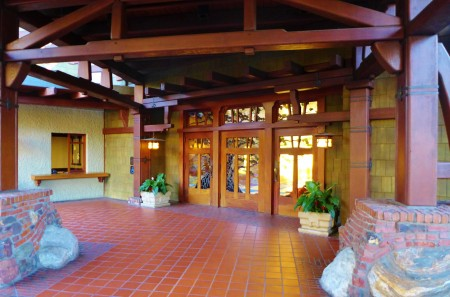 Welcome to the Lodge at Torrey Pines