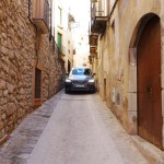 Squeezing the volvo XC90 t6 through the narrow streets of barbera de la conca