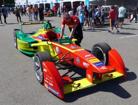 abt schaeffler FE01 car getting ready to race